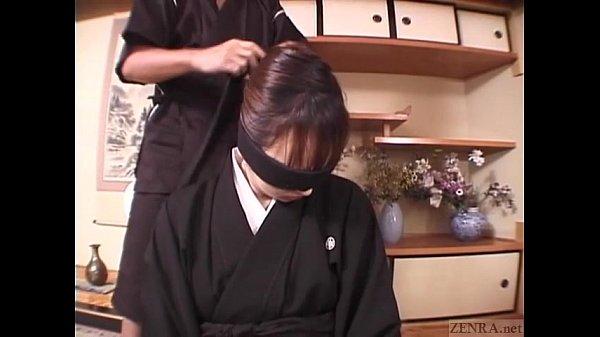 Bịt mắt hiếp dâm nữ võ sĩ