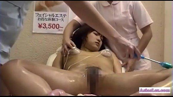 【無】ゆるふわ系のムチムチ巨乳女子大生を乱交鬼イキ連続中出し!安藤ありさ