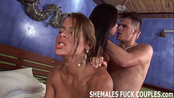 Порно транс с соксуальной попкой