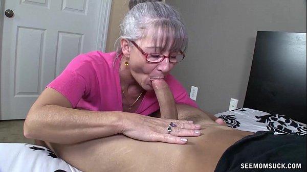 Horny women sucking cock