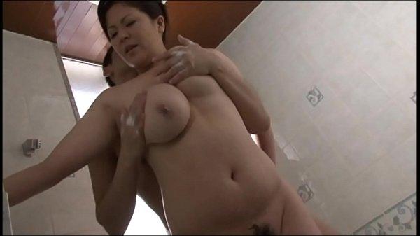 美熟女、櫻井夕樹のJカップ爆乳おっぱいの迫力がハンパない件