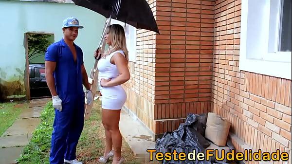 Videos de Sexo Brasileiro bem dotado metendo com dois gostosa