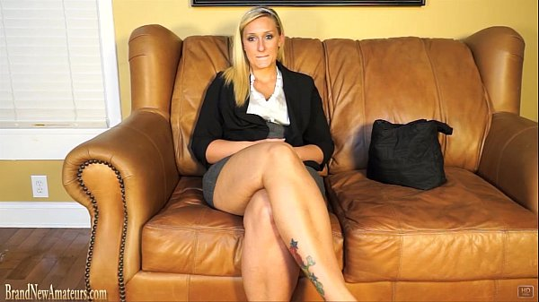 Blonde doing casting interview treated to co...