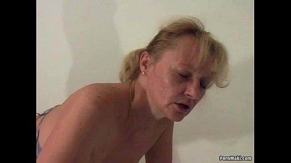 Видео необычное порно старушки зрелые фистинг