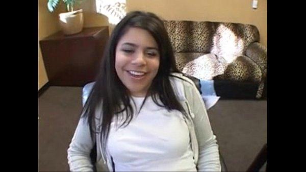 Su primer casting de la joven y demostró que se sabe menear y es buena para coger