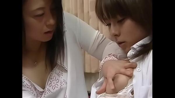 日本語ラブストーリー-日本語ママ誘惑roundass娘ファック彼女友人