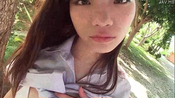 【イメージビデオ】リゾートでバカンスを楽しむ巨乳華奢な美人娘のイメージビデオ  の画像