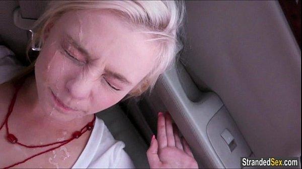【素人個人撮影】激カワスレンダーブロンド美女の激エロ濃厚カーセックス