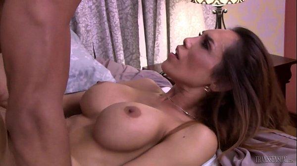 Sunday Valentina louquinha para dar o cu