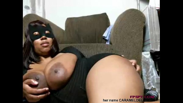 Old black lady play her big size boobs and p...