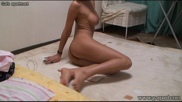 Hidden camera Japanese girl's naked exercise