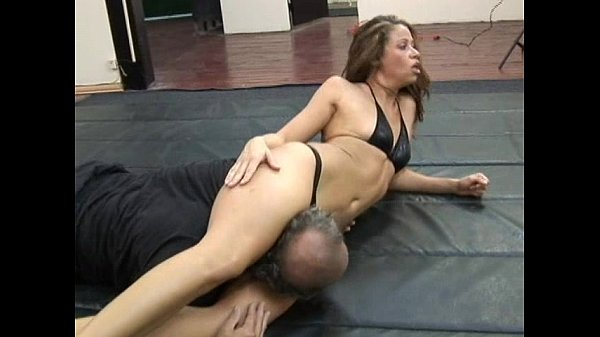 ,domination,wrestling,facesitting,scissors,kristiana