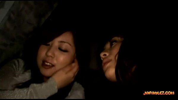 【ナンパ】ノンケのお姉さんに車内でレズプレイ