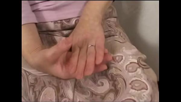 六十路熟女が男二人におっぱい責められ可愛く喘ぐw–おっぱい動画見放題