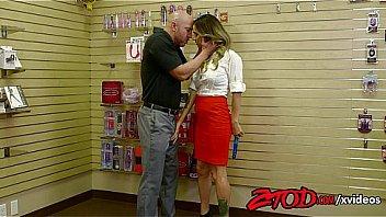 Ztod hot female boss fucked by stockboy 10