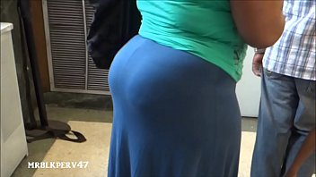 Ebony candid ass