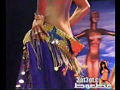naked arabic girl from sudi , shows her body and plaied with her pussy on danceing arabic show in bl