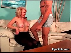 Horny mature blonde gets wet hairy pussy