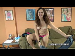 Curvy MILF Trisha Delight is going down on a st...