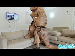 Play full 3GP - big ass latina teen chased by lesbian loving TREX on a hoverboard then fucked