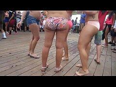 Candid Beach Bikini Party Sexy Thick Ass Shakin...