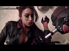 Mistress Tangent sensuous smoke and leather dom...