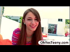 Teen Willow Hayes pussy gets banged hard by a b...