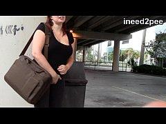 Spandex & Lycra wetting female desperation 31