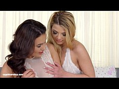 Loreen and Vanessa Decker in a sensual lesbian ...