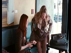 Amanda seyfried and Julianne Moore Lesbian Scen...