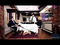 MILF Anissa Kate seduces man for a public toile...
