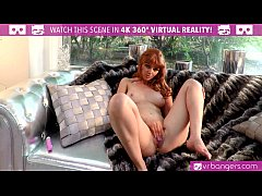 VR Bangers - SEXY READHED Marie McCray puts VIB...