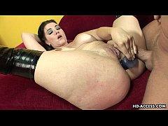 Alluring horny babe enjoys a kinky anal threesome