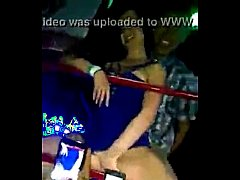 una joven borracha en la discoteca  http://www....