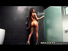 Brazzers - Shes Gonna Squirt - After Shower Soa...