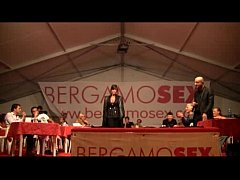 Italian Milf live  on stage