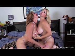 Big Titty MILFS Vicky Vette & Deauxmalive Get O...