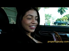 Teen real estate agent always sells the house s...