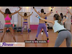 FitnessRooms Young teen girls in lycra share steamy threesome in the gym