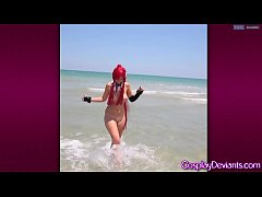 Cosplay yoko flashing at beach