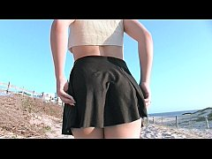 Teen Getting Naked and Fingered On The Beach