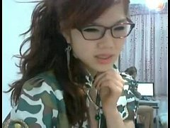 cute asian showing pussy on webcam - free live sex cam at camstagrams.com