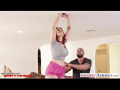 Redhead girlfriend Siri gets slit licked and fu...