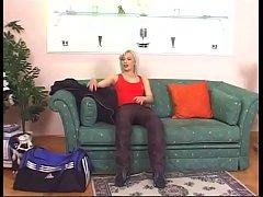 OUTSEXXX TV 903 - Saranno porcelle famose 03