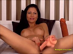 Hot brunette having the most insane squirting o...