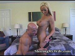 Hottie's New Man Pleases Her