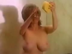 Kitten natividad clips porno