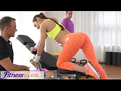 FitnessRooms Teen babe gets fucked after her sw...