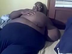 SSBBW black amateur MsBinthere feeling herself ...