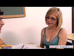 Blondie in  glasses Penny Pax gets fucked in th...